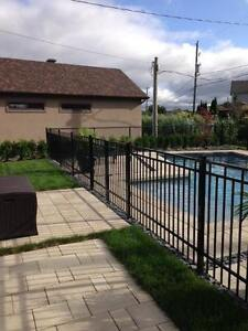 Cloture piscine terrasses et cl tures dans grand for Club piscine a laval