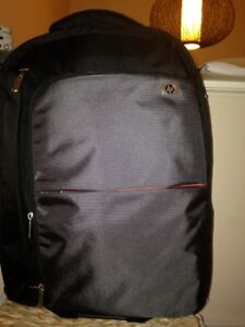 **** Brand New HP Computer Suitcase ****