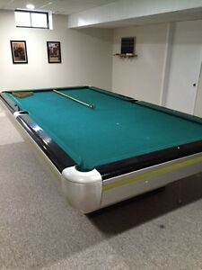FREE 6 x 11 Pool table in Excellent condition