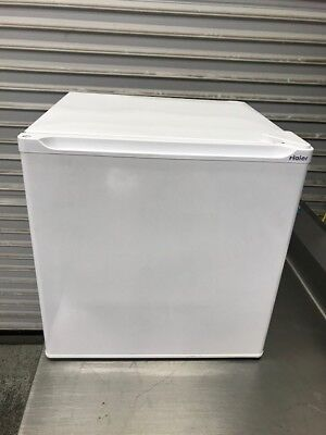 1.7 Cu Ft Mini Compact Refrigerator / Freezer White Haier HSA02WNDWW #8465 Home for sale  Orange