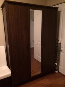 armoire penderie Ikea Brusali