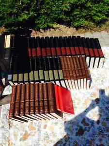 Encyclopaedia Britannica FULL SET (MUST SELL!!)