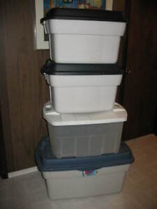 4 Extra Large Storage Containers