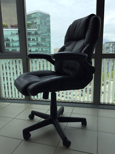LUXURIES SWIVEL CHAIR