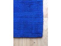 Rug, blue, 2.0m x1.4m, 1cm thick.