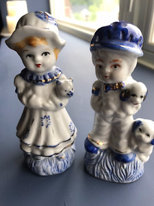 Vintage Blue and White china figurines Collectable