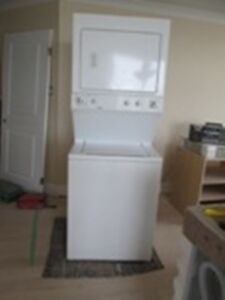 WASHER / DRYER - STACKED