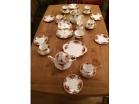 Royal Albert Old Country Roses Teaset