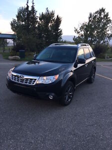**PRICE REDUCED** 2013 Subaru Forester X Touring SUV, Crossover