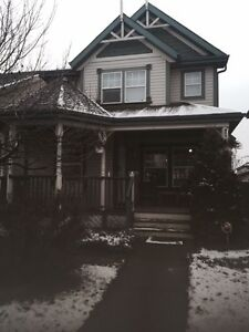 3+1 bedroom single house in southwest Rutherford!