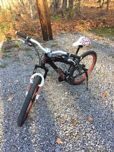 Youth MOUNTAIN BIKE 3-Speed, Hand Brakes -- Great Condition