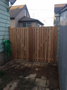 1X4- Western Red Cedar- Knotty Fence Boards