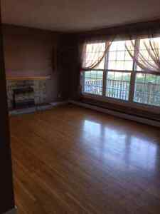 3 Bedroom apartment heat and hot water included! east end!