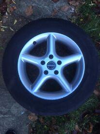 wheels + winter tyres 226/60R16