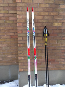 Skate skiis, boots and poles