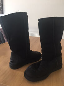 Classic Ugg Boots size 6