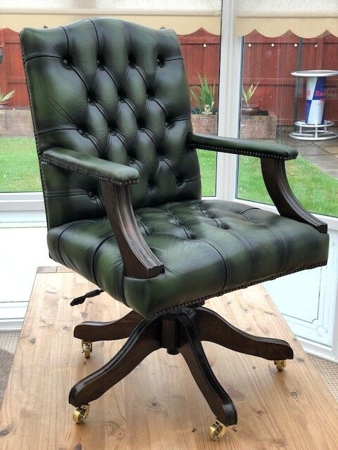 Excellent Green Leather Captains Desk Chair Needs New Castors In Padgate Cheshire Gumtree Uwap Interior Chair Design Uwaporg