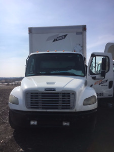 Parting Out: 2004 Freightliner M2106