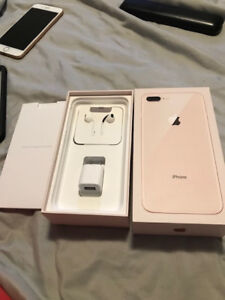 Mint Condition IPhone 8 Plus 256GB Unlocked Gold