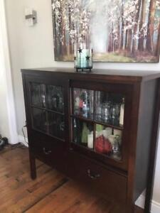 CHINA CABINET AND CHAIRS
