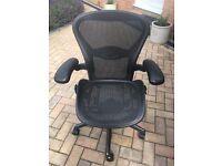 Herman Miller Aeron size B office chair