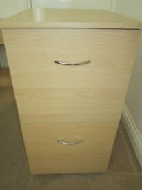2 Drawer Filing Cabinet, good condition.