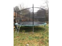 14ft trampoline with ladder and safety net