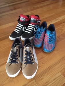 Boys Shoes Size 6 / Souliers pour garcons taille 6
