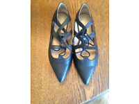 Topshop flat shoes/sandals - black, size 8