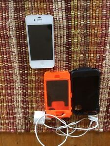 White iphone 4S 16gb and otter box case Peterborough Peterborough Area image 3