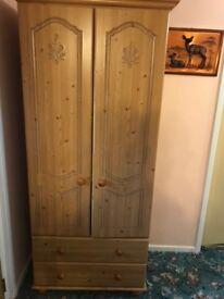 Double wardrobe Oak effect