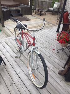SCHWINN 3 SPEED CRUISER BRAND NEW CONDITION!