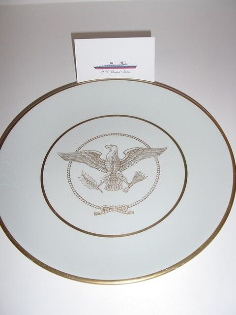 SS UNITED STATES LINES  Gold Eagle Show Plate  /  Top Condition