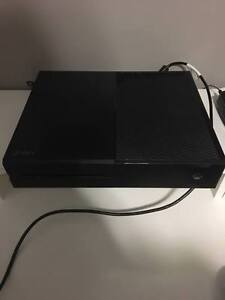 Selling Great Condition XBOX One with 2 games!