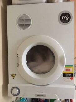 Clothes Dryer in good condition