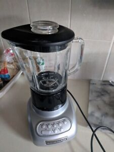 KitchenAid KSB565 5-Speed Blender w Glass Jar