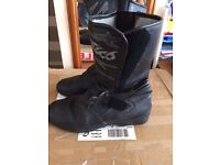 Mens Motor Bike Boots size 9. Black. Falco Competition