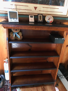 OAK ANTIQUE BOOKCASE