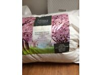 Luxury softened white goose feather duvet (Nimbus - super king - 9 tog)