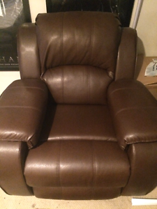 Brand new recliner chair leather look Carrara Gold Coast City Preview