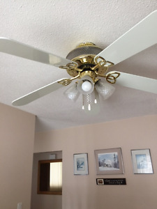 Ceiling fan 52 inch with three way light.