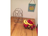 6 bottles rack + one fruit metal plate