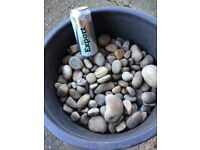 LARGE AMOUNT GARDEN PEBBLES