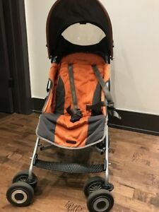 Maclaren lightweight, fordable / collapsible travel stroller