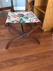 Antique Luggage Stand