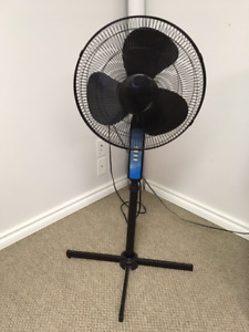 Oscillating 16 in. Pedestal Fan with 3 Speeds