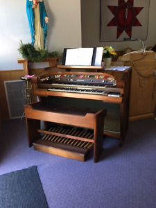 Organ to give away