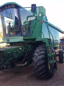 John Deere 9500 harvester / header & 930 front Perenjori Area Preview