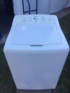 Simpson 9.5kgs washing machine