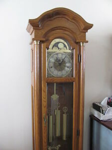 Hentschle Grandfather clock  $750